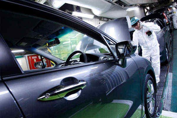 Honda перестане виробляти автомобілі на бензині