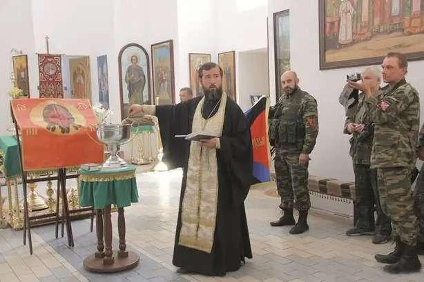 Реформовані менти Овакова!: Поліція провела перевірку священика зі Слов'янська, який благословляв Гіркіна