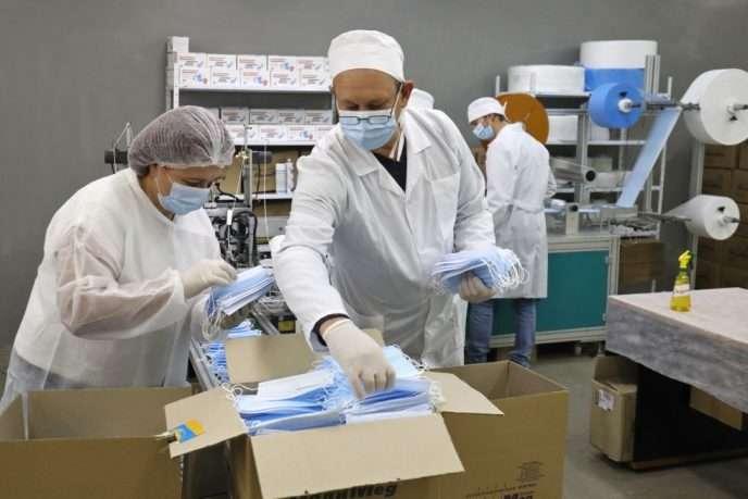 У Львові запустили виробництво медичних масок