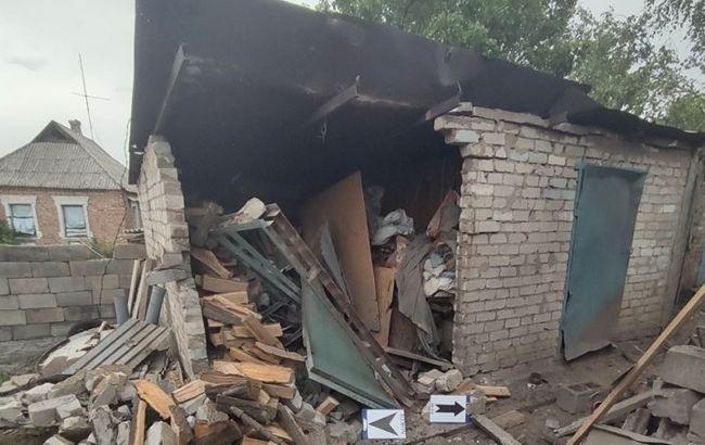 Російські окупанти обстріляли житлові будинки в Авдіївці