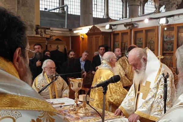 Історичний момент: Ім'я митрополита Епіфанія вперше прозвучало на літургії Елладської Церкви в Салоніках