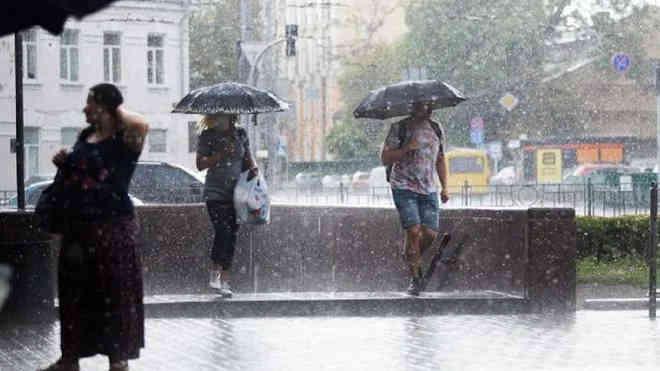 Погода на 8 червня: тепло, але на Заході дощі