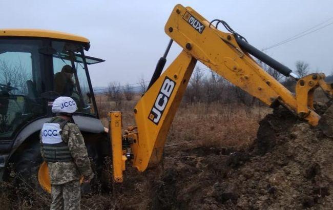 Прокуратура порушила справу через обстріл ремонтної бригади на Донбасі