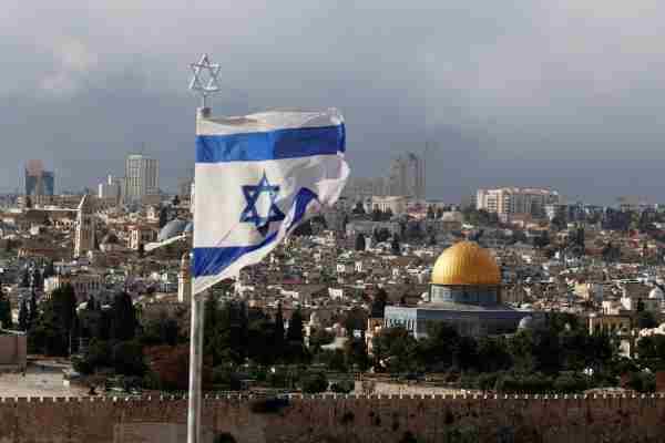 Бойовий вертоліт Ізраїлю завдав удар по посту ХАМАС у Газі у відповідь на запуск ракети