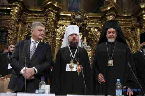 ПЦУ стає сильнішою, і Росія цьому не завадить - заява Порошенка щодо рішення Олександрійської церкви