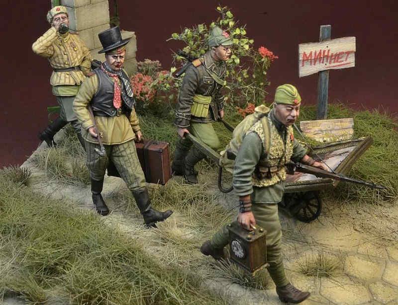 Польська фірма представила фігурки радянських солдатів у вигляді мародерів