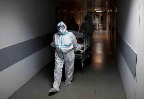 The Guardian: Коронавірус нівечить легені жертв до непізнаваності