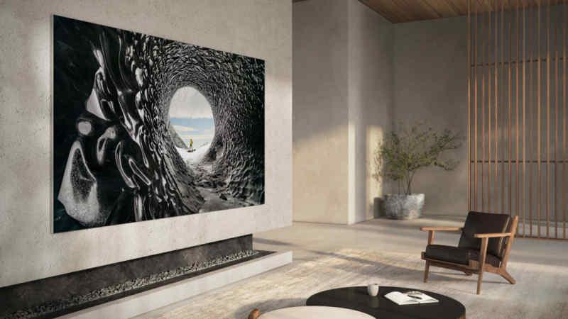 Samsung представив телевізор із технологією одночасного перегляду контенту з чотирьох джерел
