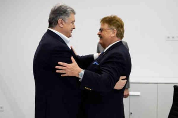 Петро Порошенко та Елмар Брок провели зустріч в Україні: Обговорили план протидії російській агресії