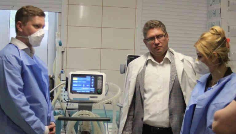Фонд Порошенка відремонтував апарати ШВЛ для лікарень Миколаєва