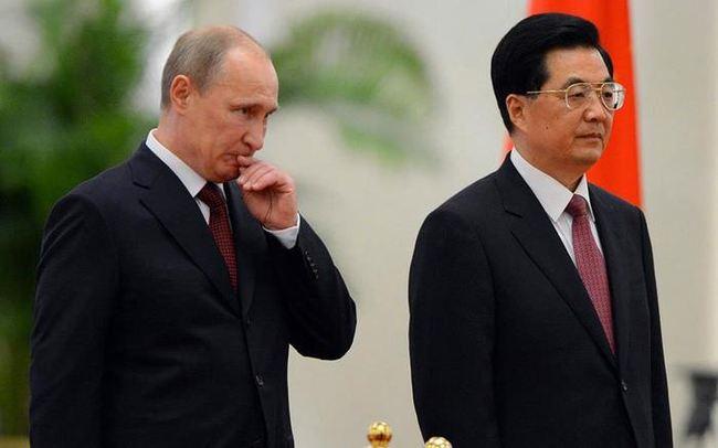 Китай почав відмовлятися від російської нафти слідом за Європою