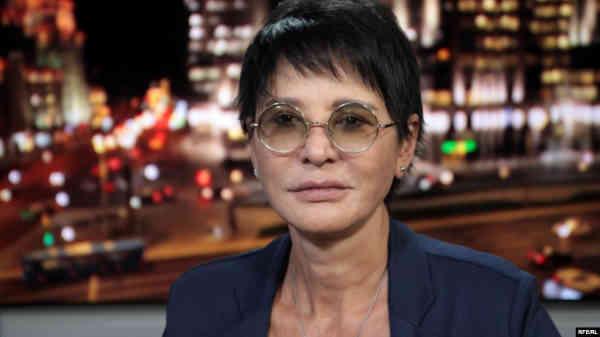 Організатори форуму, де мала виступити росіянка Хакамада, скасували її участь