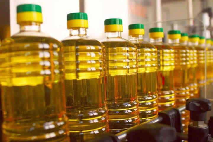Україна вперше відправила танкером партію соняшникової олії до США