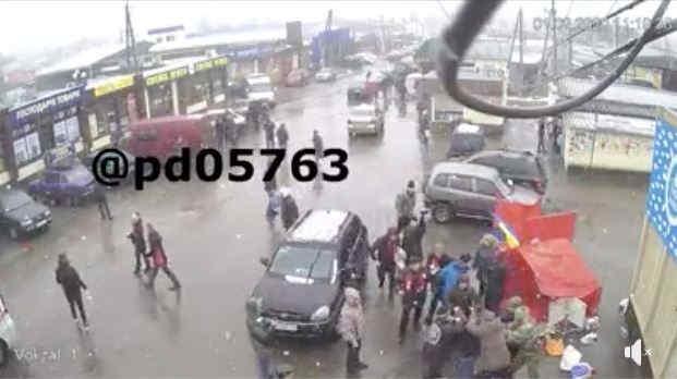 На Харківщині розгромили намети