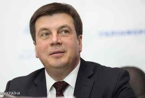 Кабмін не піде у відставку, поки у парламенті є коаліція - Зубко