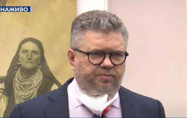 Вимагаємо зареєструвати заяви про кримінальні правопорушення щодо незаконного стеження за Петром Порошенком - Головань