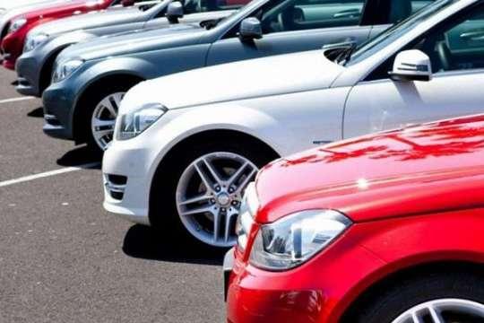 Кабмін пропонує змінити податок на дорогі автомобілі