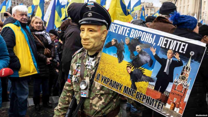 Україна і Захід повинні бути готовими до відсічі «п'ятій колоні Кремля»
