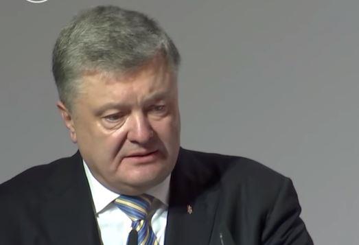 Для захисту української мови Порошенко зробив більше, ніж всі попередні президенти, - активісти
