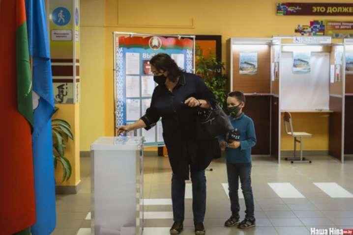У Білорусі розпочався основний день голосування на виборах президента