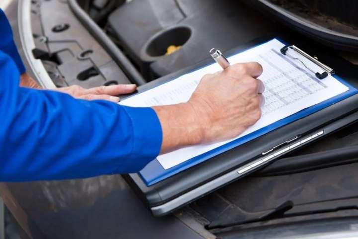 Водіям збираються спростити життя: реєстрація авто та іспити по-новому