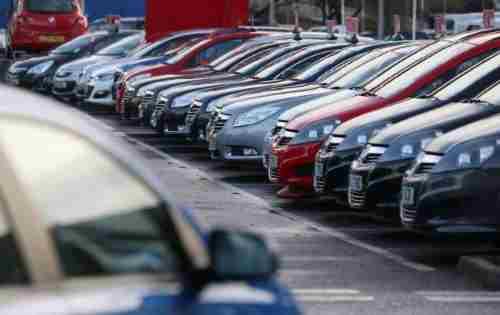 У грудні українці рекордними темпами скуповували автомобілі