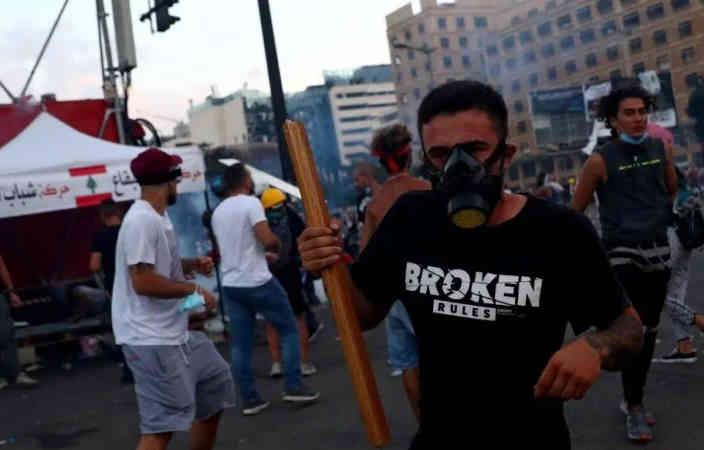 Протестувальники в Бейруті захопили будівлю МЗС і називають її своєю штаб-квартирою
