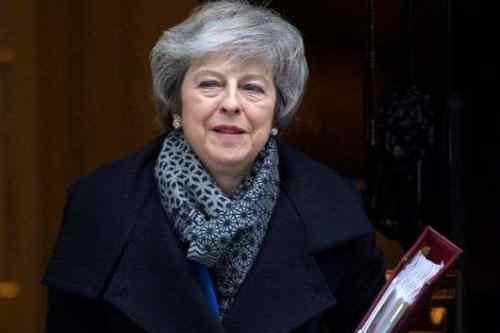 Якщо не буде угоди, Британія може й не вийти з ЄС — Мей