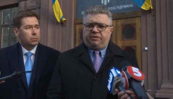 Адвокати Порошенка: нинішнє керівництво ДБР так само відпрацьовує політичне замовлення, як і екс-директор Труба