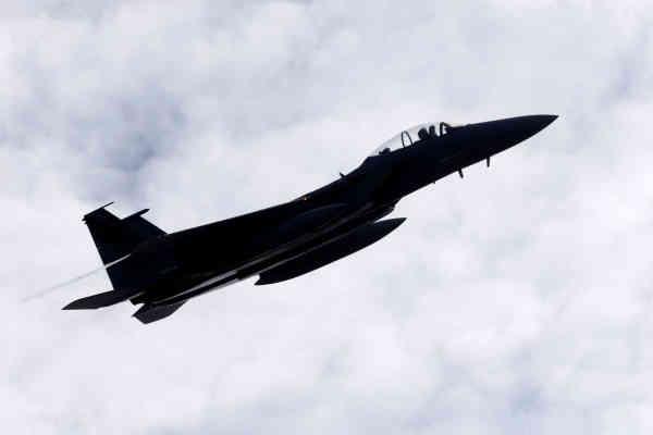Американські військові розбомбили свою авіабазу в Сирії