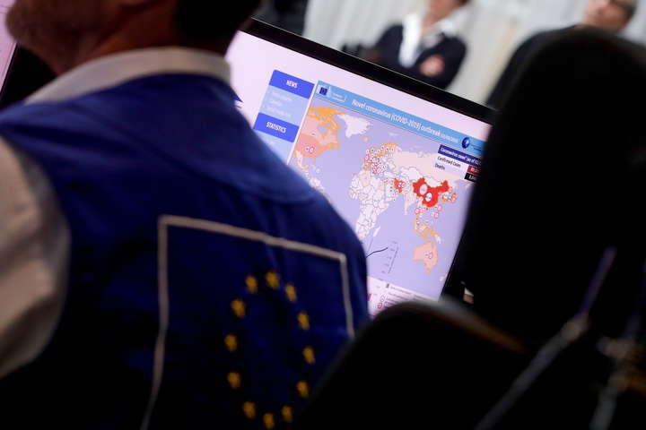 У ЄС допускають закриття кордонів на два роки