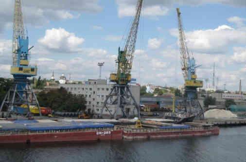 Кабмін схвалив початок концесії морських портів Ольвія і Херсон