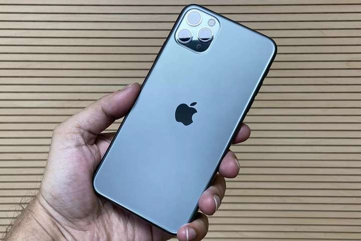 Apple зняла з виробництва дві моделі iPhone