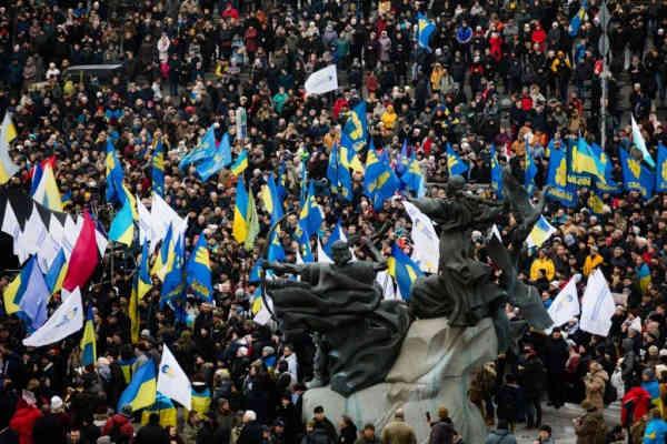 Почему акции протеста не остановят Зеленского