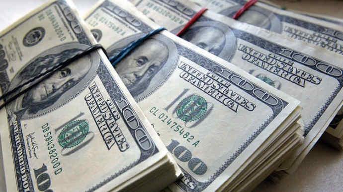 Нацбанк цього тижня вже продав $700 мільйонів