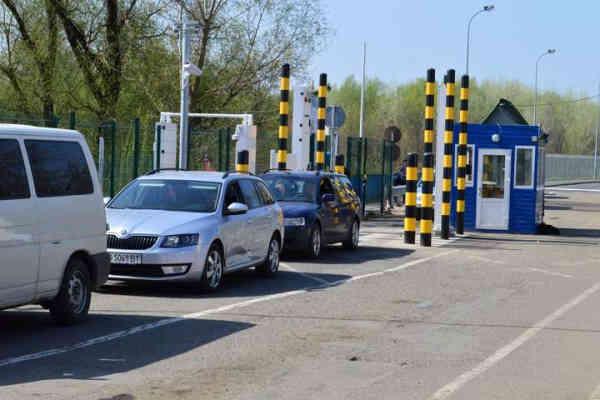 Угорщина відкрила кордон з Україною