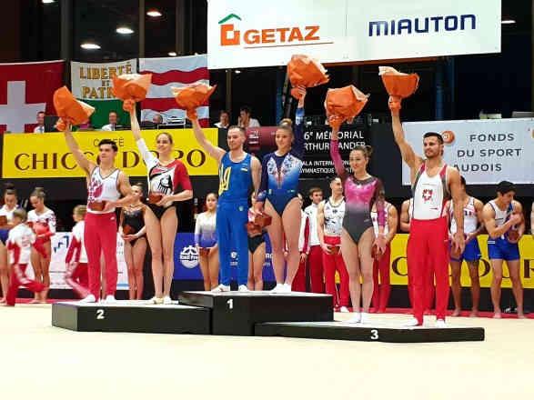 Гімнаст Верняєв оформив золотий дубль на турнірі в Швейцарії