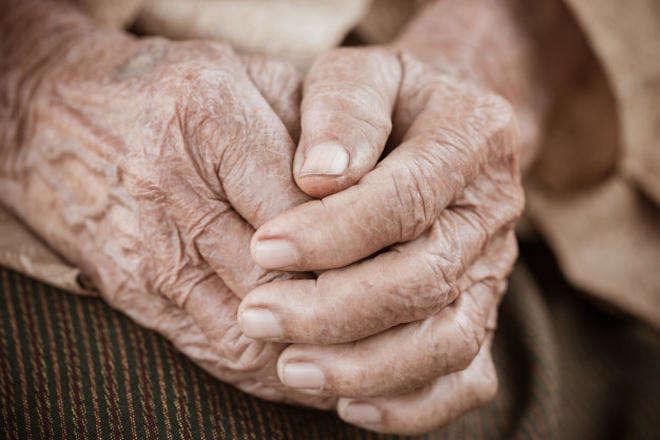 Американські вчені з'ясували, яка речовина допоможе уникнути найтяжчих старечих хвороб