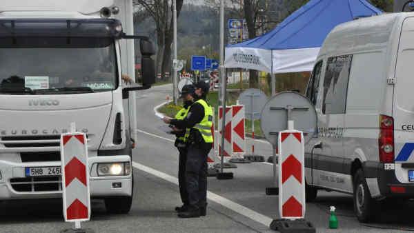 Чехія відновлює пасажирські перевезення за кордон з 11 травня