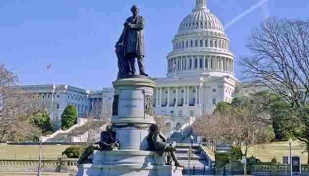 У Конгрес США внесли законопроект, що обмежує повноваження поліції