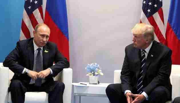 Білий дім відмовився надати дані про переговори Трампа і Путіна