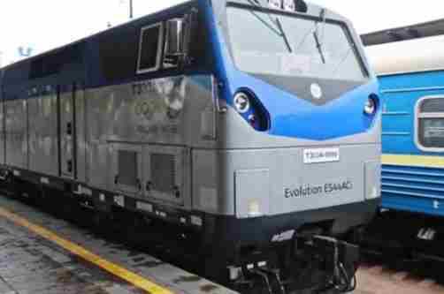 Укрзалізниця вже отримала всі 30 локомотивів General Electric