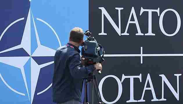 У НАТО санкції проти Росії назвали яскравим прикладом співпраці