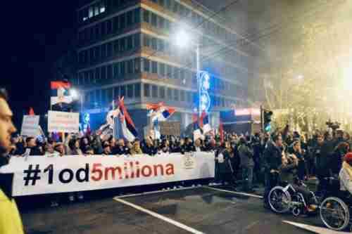 Протести в Сербії поширились на нові міста