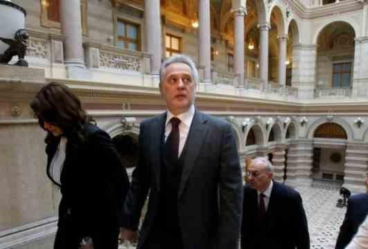 Почему Трамп и Путин просят Австрию подержать у себя Фирташа