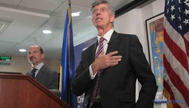 Тейлор розповів про два канала зовнішньої політики США по Україні