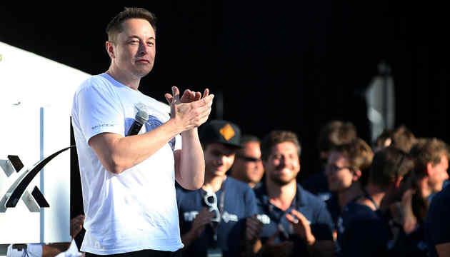 Tesla відкриє завод для виробництва апаратів штучної вентиляції легенів
