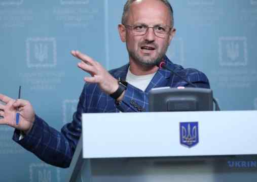 Безсмертний пояснив, що заборона на будь-яке ведення вогню на Донбасі не означає заборони вогню у відповідь
