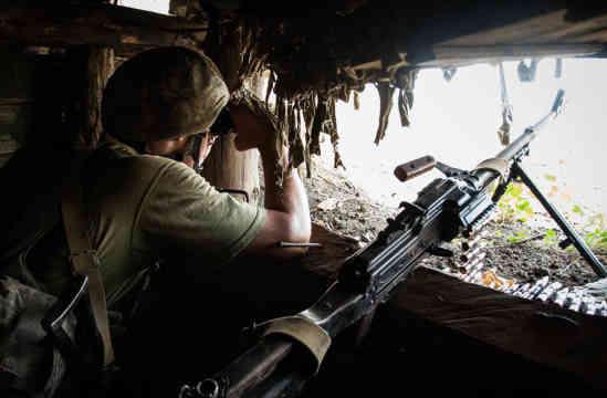 Російські окупанти майже годину обстрілювали українських захисників під Новолуганським