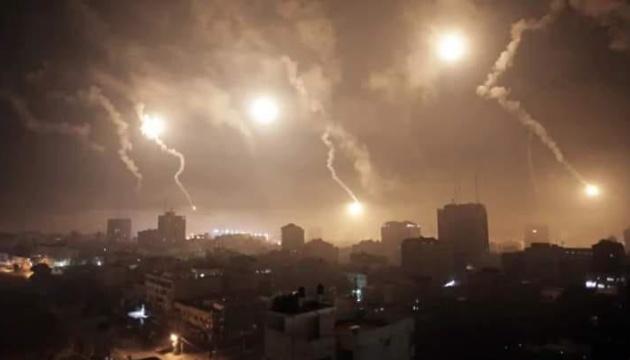 Палестинці обстріляли Ізраїль ракетами в момент підписання мирних угод